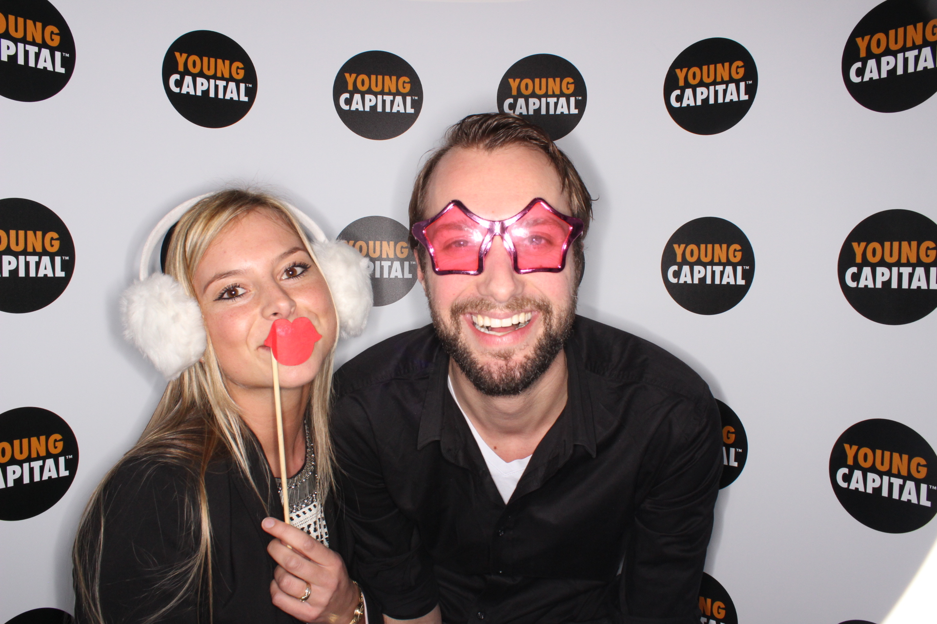 YoungCapital collega's in photobooth